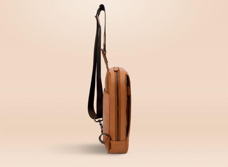 Berto Day Trip Crossbody Bag Brown Side